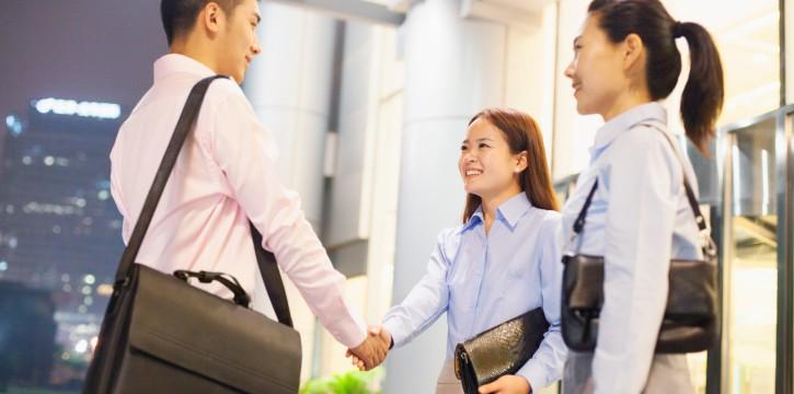 社内イベントから見る、日本とアメリカの企業風土とビジネス文化の違い